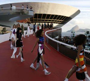 sfilata di moda a Rio de Janeiro