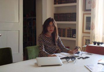 Paola Gambini nel suo ufficio