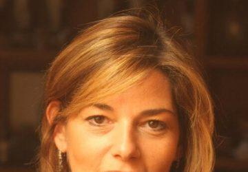 Primeiro plano Renata Jannuzzi