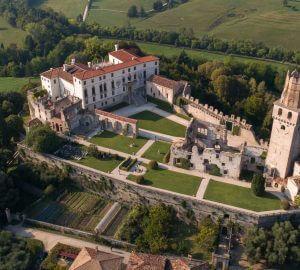 Veduta dall'alto castello di San Salvatore